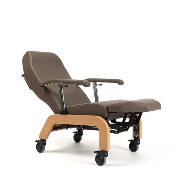 Wózek specjalny pielęgnacyjny BRETAGNE z kołami VERMEIREN2