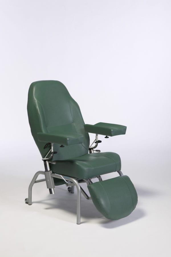 Wózek specjalny pielęgnacyjny NORMANDIE z kołami VERMEIREN2