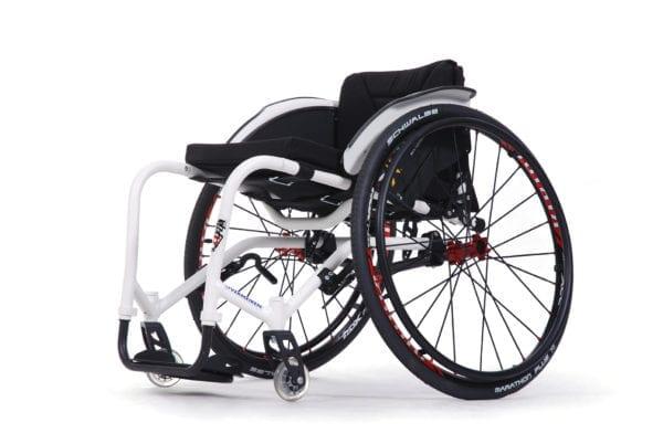 Wózek ze stopów lekkich aktywny z regulowanym kątem siedziska SAGITTA Si VERMEIREN