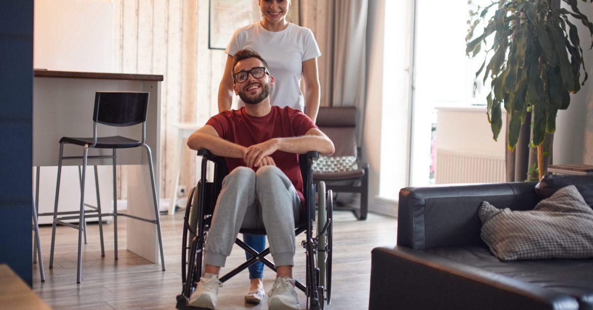 jak opiekować się osobą na wózku inwalidzkim